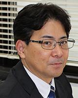 稲田利文教授写真